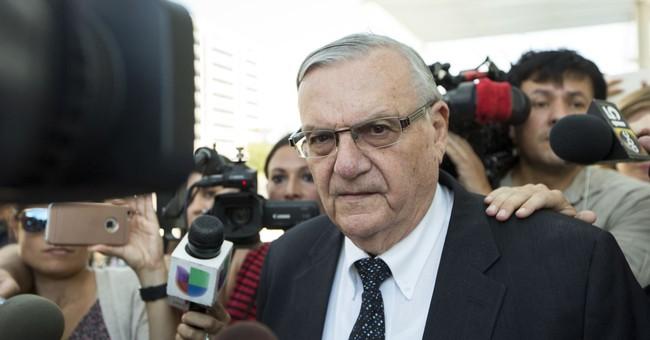 Sheriff Arpaio pursued case to hurt Sen. Flake, lawsuit says