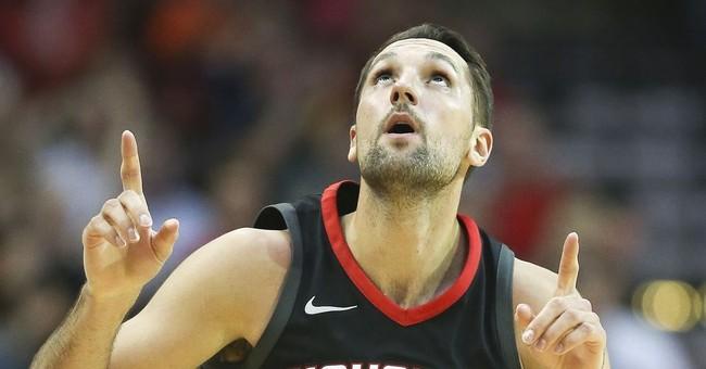 Harden leads Rockets to 117-102 win over Knicks
