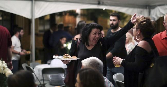 That's amore: Italian bridal serenades alive in Philadelphia