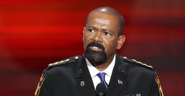 Milwaukee man sues sheriff Clarke over airport incident