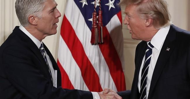 Trump, after deliberation, sticks to Supreme Court list