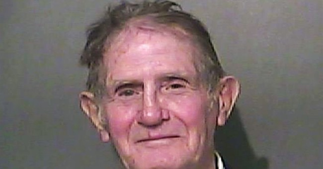Man accused of punching officer at Elizabeth Smart event