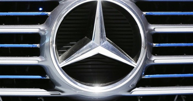 Mercedes-Benz luxury cars fuel fat profits at Daimler