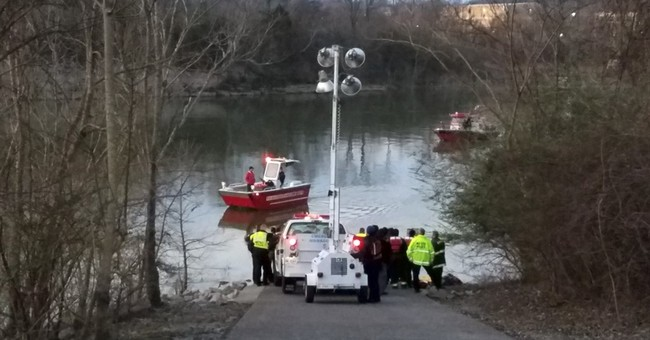 Tennessee officer dies in river after trying to rescue woman