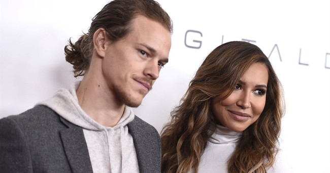 'Glee' actress accused of domestic battery on husband