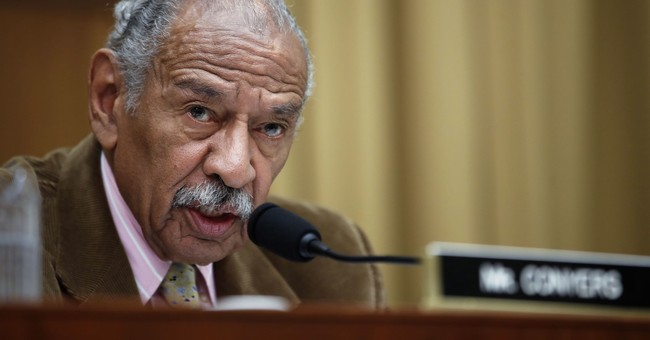 Conyers gives up Judiciary post amid sex harassment probe