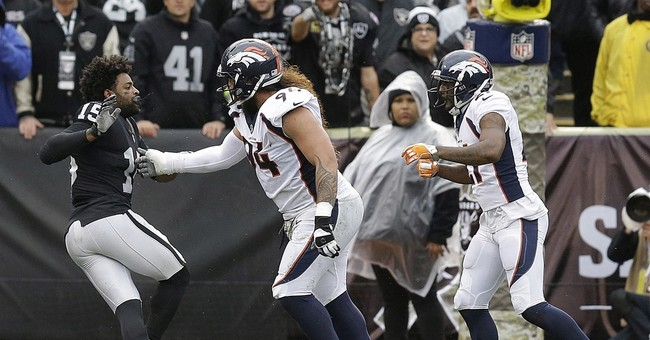 Chain Match 2: Talib and Crabtree fight after chain snatch