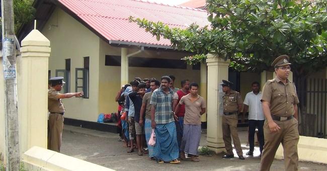 Sri Lanka arrests 22 trying to go to Australia by boat