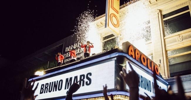 Feeling the music in his bones, Mars readies 1st TV special