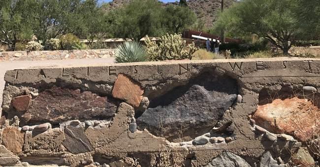 Architect Wright's winter home draws fans to Arizona desert