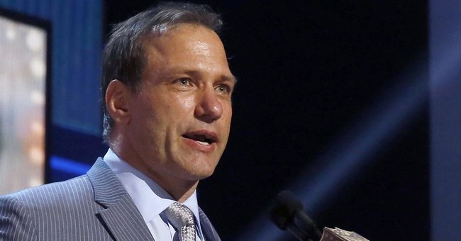 Ex-Ohio State great widens lawsuit over commercial image use