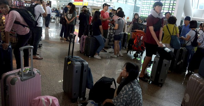 Bali flights resume, but volcanic ash still disrupts travel