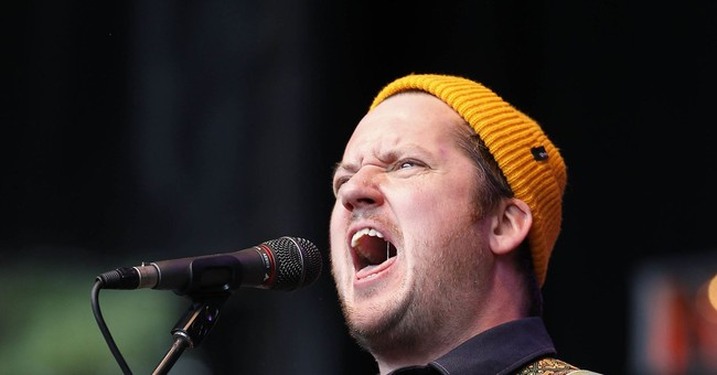 Modest Mouse singer sued over 2016 traffic wreck