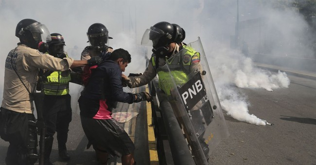 Rights group: Venezuela protesters tortured, abused by state