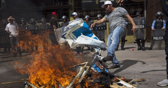Honduras president edges into lead in slow vote count