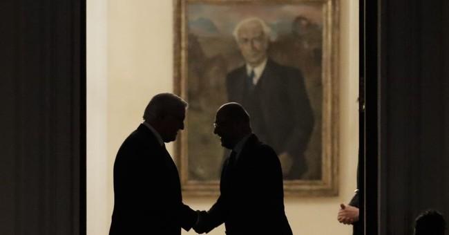 Merkel, rival meet German president amid gov't impasse
