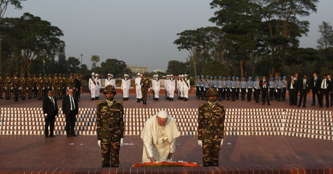 Pope demands 'decisive measures' to resolve Rohingya exodus