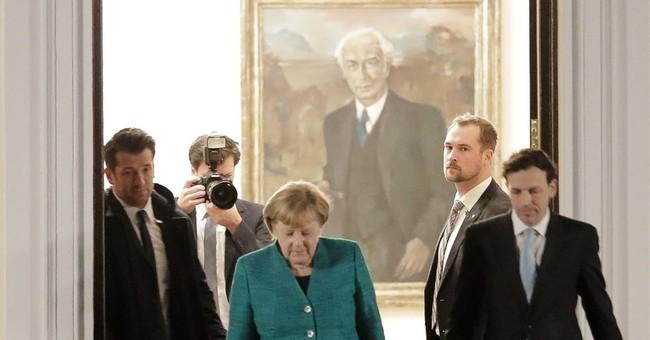 German Social Democrats inch toward Merkel coalition talks