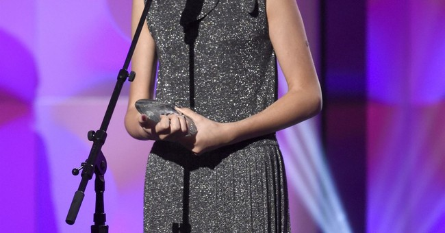 Selena Gomez honors Francia Raisa for life-saving transplant