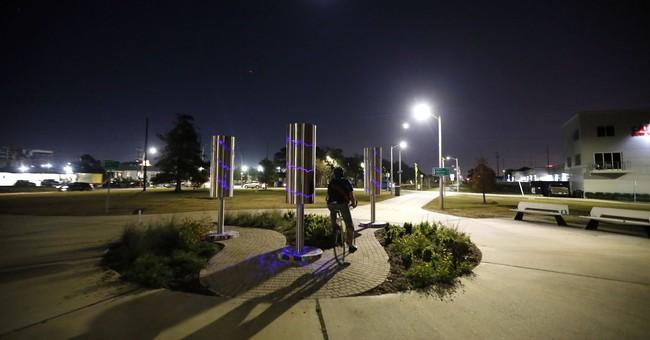 Light Up NOLA Arts Fete to illuminate downtown Dec 6-9