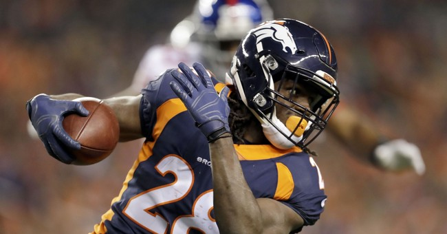 Broncos' Jamaal Charles shares story of 'outcast' childhood
