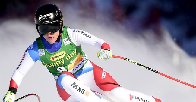 Tina Weirather wins World Cup super-G at Lake Louise