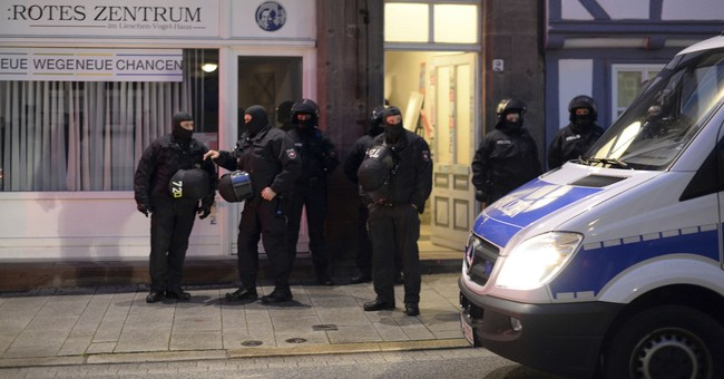 German police stage raids in probe of G20 summit violence