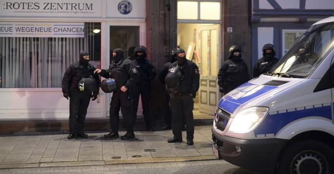 German police stage raids in probe of G20 summit violence