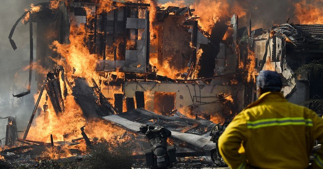 AP PHOTOS: Flames chew through Southern California homes