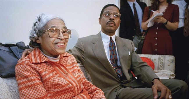 Detroit lawyer turns in Rosa Parks items in bankruptcy case