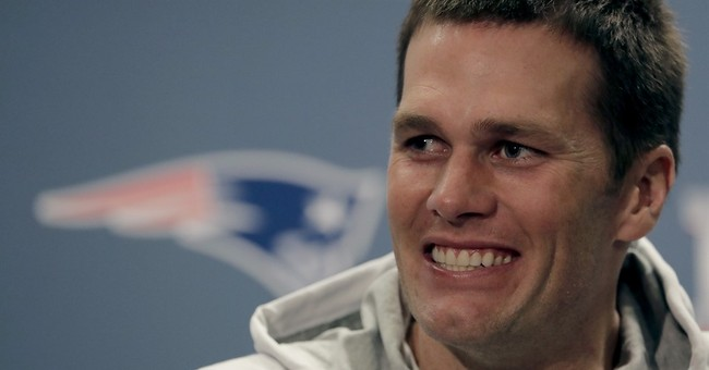 Pick a card, any card: Magician lightens mood for Patriots