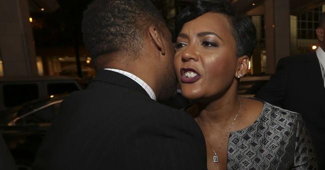 A little deja vu as Atlanta mayoral runoff splits voters