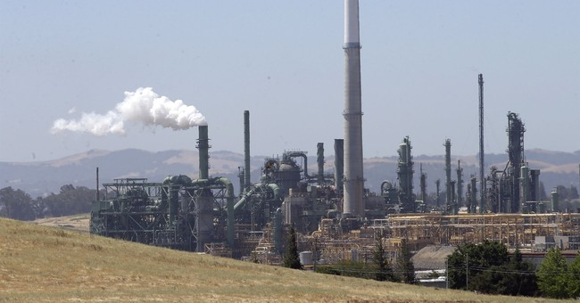 US fails to enforce smog rules, 14 states allege in lawsuit