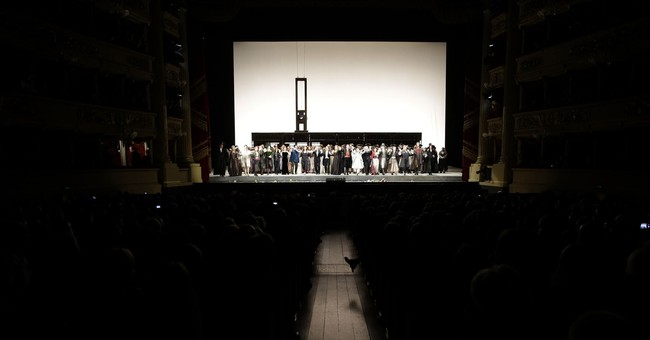 'Andrea Chernier' makes triumphant return to La Scala