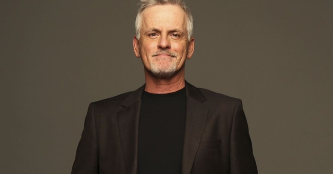 Actor Rob Paulsen, aka Pinky, Donatello, beats health crisis