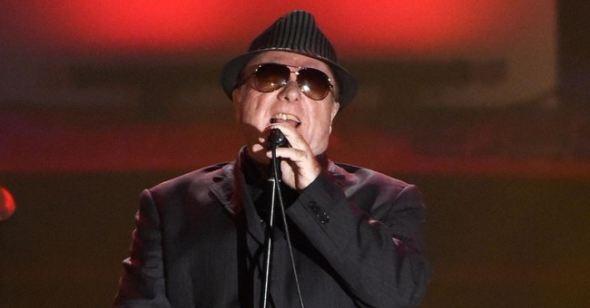 Review: It doesn't take much to keep Van Morrison singing