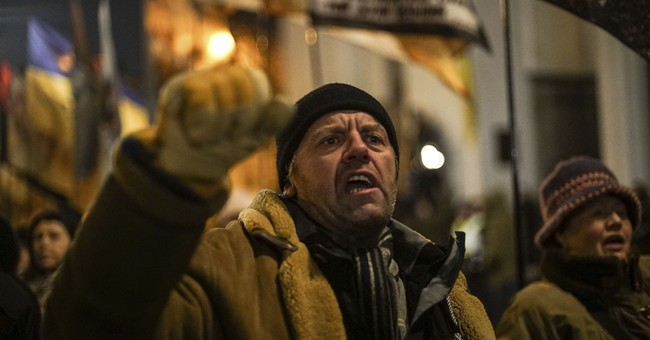Protests in Ukraine raise specter of another uprising