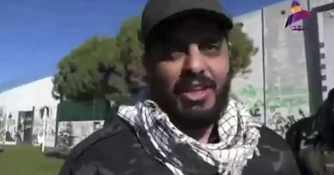 Powerful Iraqi militant appears on Lebanon-Israel border