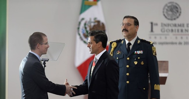 Mexico conservative party chief resigns, eyes presidency bid