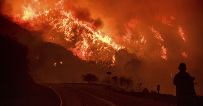 The Latest: Officials urge Santa Barbara residents to flee