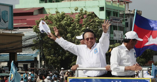 EU suspends aid to Cambodian election commission