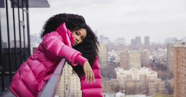 2017 Breakthrough: Singer SZA is sizzling in music industry