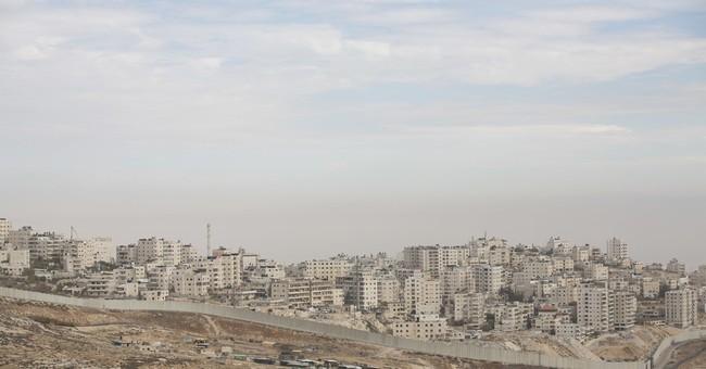 Palestinians, a large Jerusalem minority, feel Trump snub