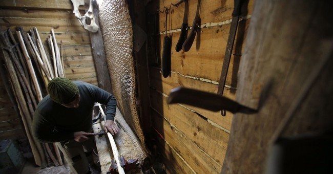 AP PHOTOS: Serbian bowyer inspired by childhood games