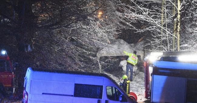 3 die in small plane crash in southwestern Germany