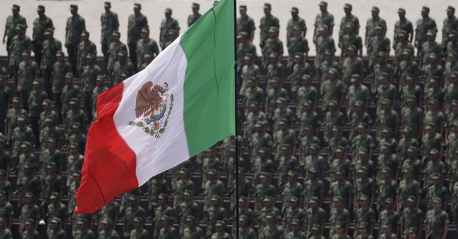 Mexican Senate keeps military in policing role