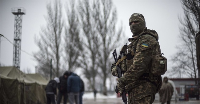 Rebels in Ukraine say commander is killed in a car bombing
