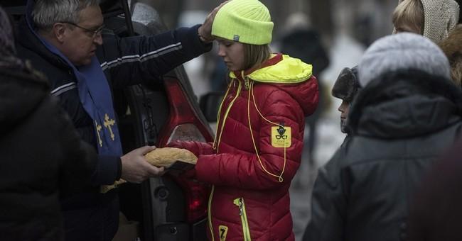 Rebels in Ukraine say commander is killed in a car bombing