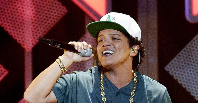 Bruno Mars slays at pre-Super Bowl concert in Houston
