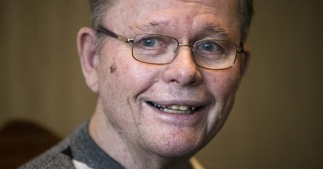 Inquirer writer Lyon keeps working with Alzheimer's